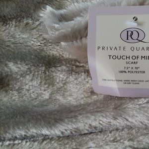 Private Quarters Touch of Mink Scarf BNWT